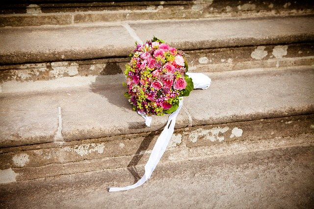 bridal-bouquet-260898_640