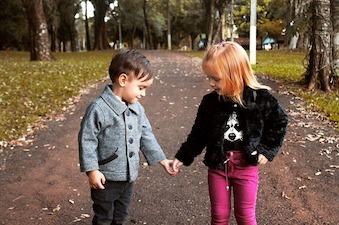 Busca la colección de ropa infantil de tu marca preferida en Internet