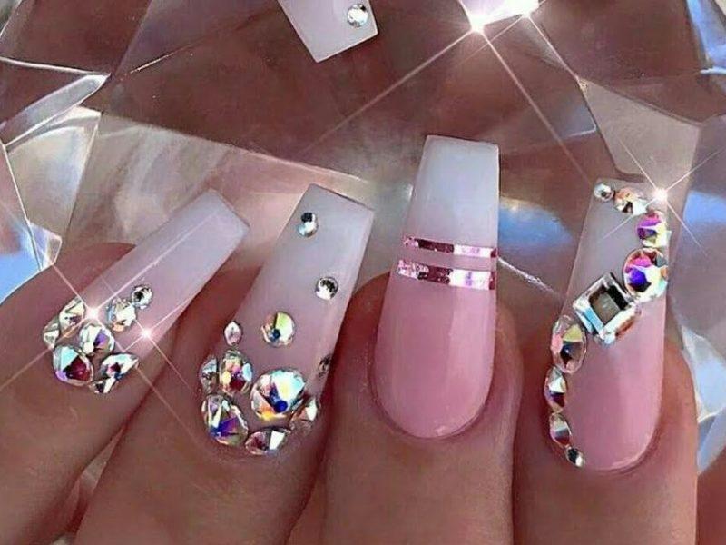 Ventajas de usar uñas postizas