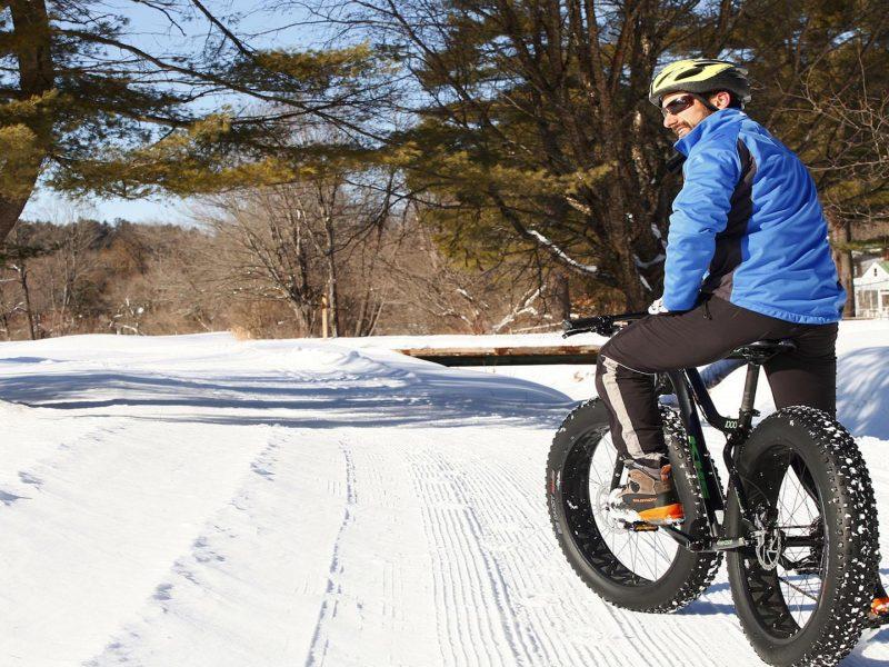 Disfruta la libertad de conducir una bicicleta eléctrica fat bike
